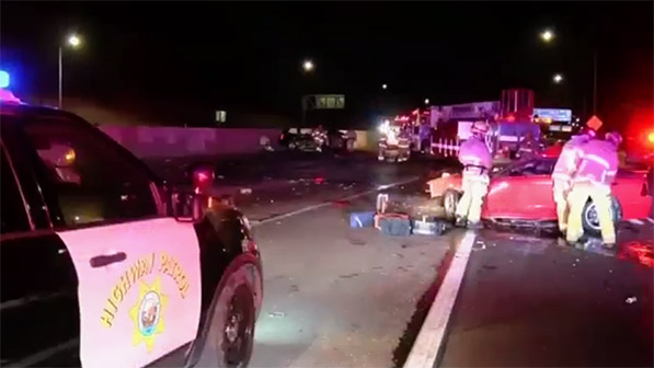 Norwalk, CA - 2 Dead from a Fiery Crash On 605 Freeway - Car